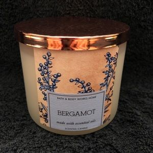 Bath & Body Works - Bergamot Scented  Candle